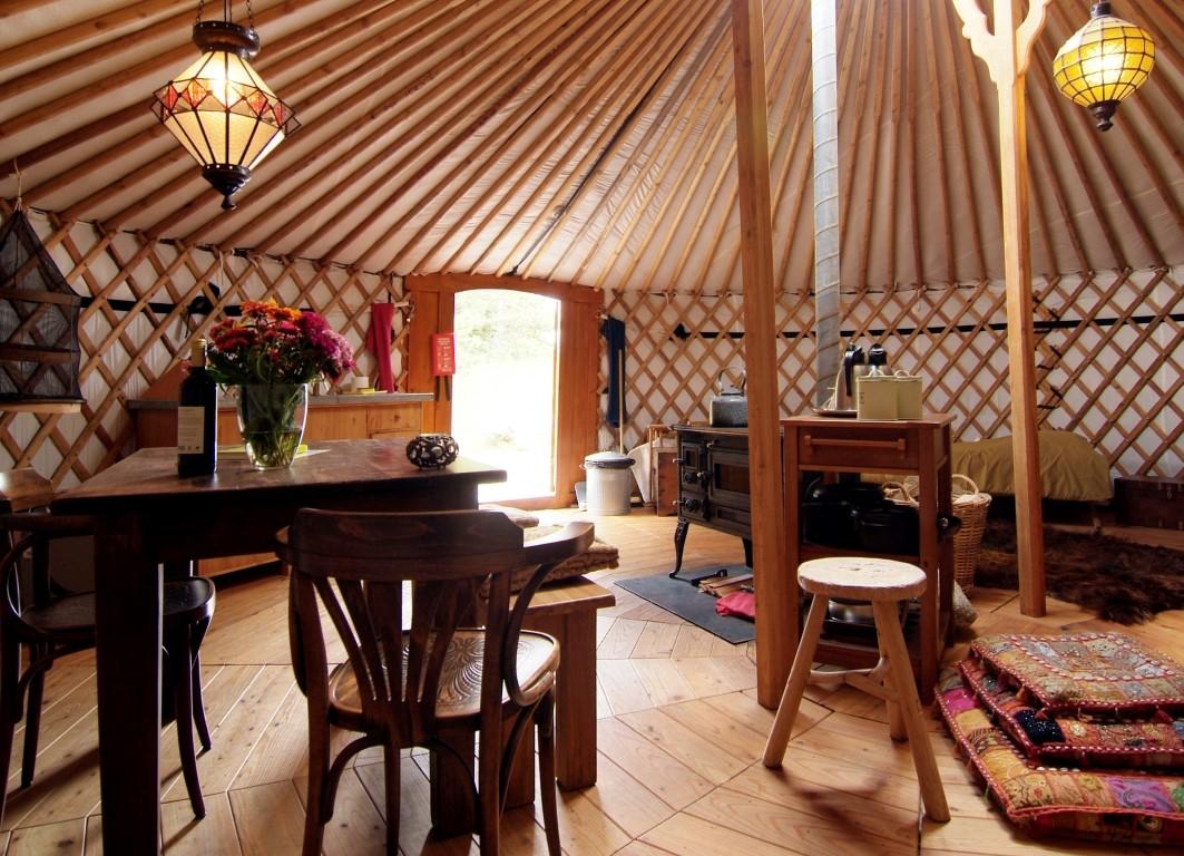 jurte 4 personen 40m texel yurts. Black Bedroom Furniture Sets. Home Design Ideas